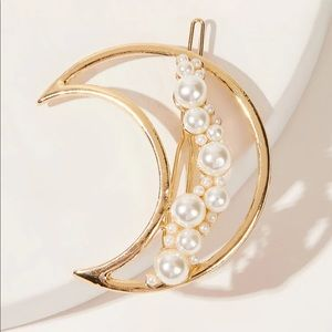 Faux Pearl Decor Moon Hairpin